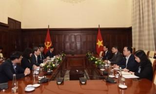 Thống đốc NHNN Việt Nam tiếp Chủ tịch Ngân hàng Phát triển Hàn Quốc