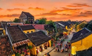 """Nâng tầm du lịch Việt từ """"đặc sản"""" văn hóa"""