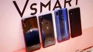 Việt Nam đã tự sản xuất điện thoại thông minh, nhưng tại sao vẫn chưa bán được?