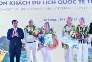 Việt Nam đón vị khách quốc tế thứ 15 triệu tại Cảng tàu khách du lịch quốc tế Hạ Long