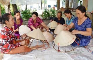 Chị em phụ nữ vùng sông nước Nam bộ với đồng vốn chính sách