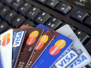 Sacombank phát hành thẻ trả trước quốc tế in hình