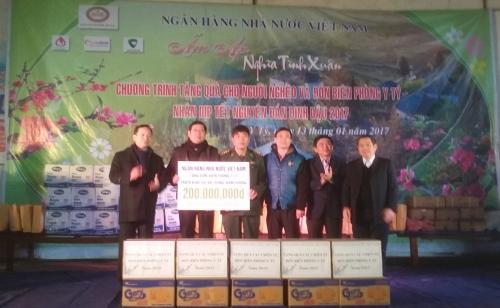 Ngân hàng Nhà nước Việt Nam: Ấm áp nghĩa tình xuân Đinh Dậu