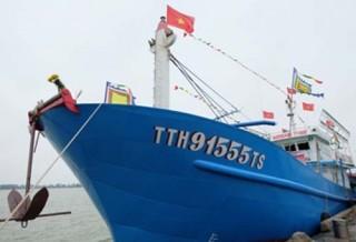 Hạ thuỷ tàu cá hiện đại nhất tại Huế