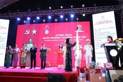 Tập đoàn C.T Group vinh dự đón nhận Huân chương Lao động hạng Nhì