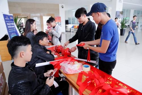 Đại học Đông Á hỗ trợ vé xe Tết cho sinh viên