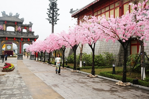 Kỳ quan năm châu hội tụ bên vịnh di sản Hạ Long tại lễ hội hoa lớn chưa từng có