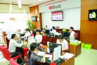 Bước ngoặt cải tổ hệ thống ngân hàng