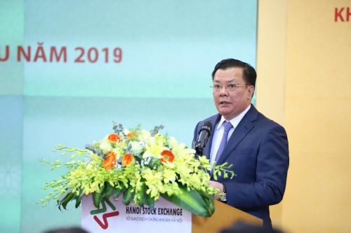 2019: Nỗ lực bảo vệ lợi ích chính đáng của công chúng đầu tư