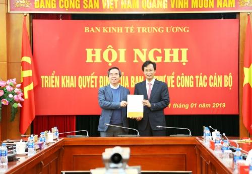 Đồng chí Nguyễn Hữu Nghĩa giữ chức Phó Trưởng Ban Kinh tế Trung ương