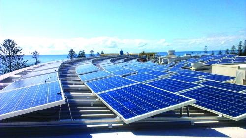 Hé cửa cho người dân bán điện mặt trời