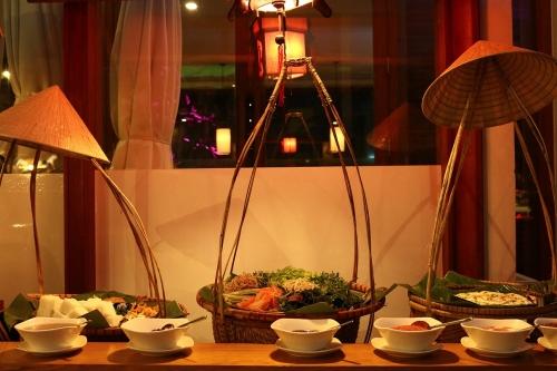 Thử tiệc buffet cực chất tại Premier Village Danang Resort, để thấy Tết đặc biệt đến thế nào