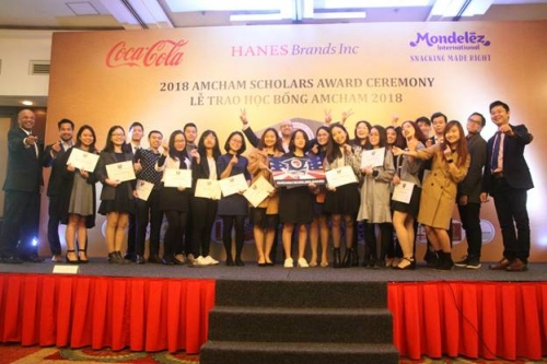 Học bổng AmCham 2018