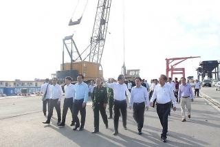 Phó Thủ tướng Trương Hòa Bình thăm và làm việc với Cảng Quốc tế Long An