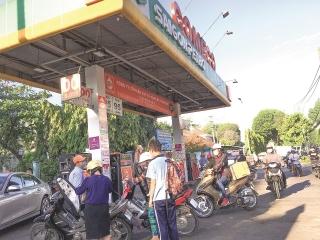 Nhiều vướng mắc trong quản lý kinh doanh xăng dầu