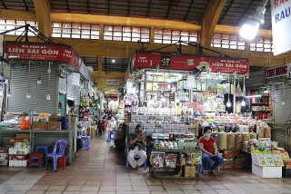 Đìu hiu chợ Tết