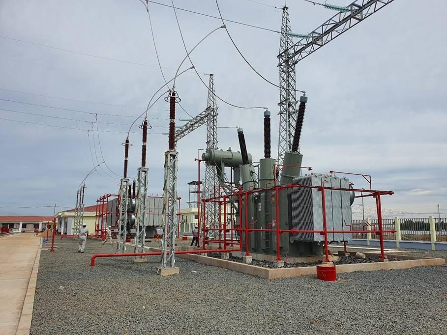 hitachi abb power grids nang cao nang luc san xuat may bien ap tai viet nam