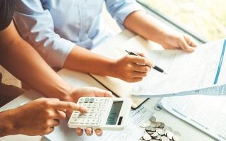 Tiền tệ và tài khóa: Linh hoạt, thận trọng