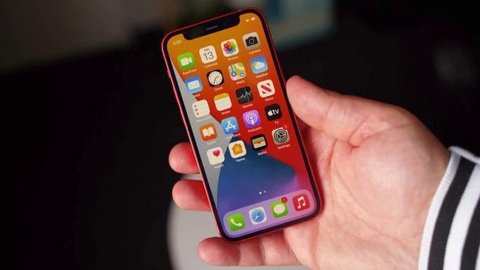 apple giam san luong iphone 12 mini