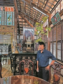 Thăm khu Nhà lớn Long Sơn