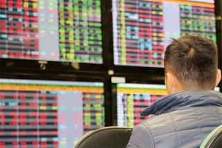 Chứng khoán chiều 4/2: Cổ phiếu dầu khí bật tăng giúp thị trường hồi phục