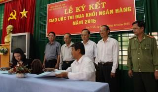 Khối Thi đua Ngân hàng Tây Ninh ký kết giao ước thi đua năm 2015