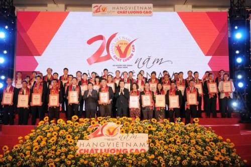 Công bố 500 doanh nghiệp Hàng Việt Nam chất lượng cao 2016