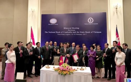 Hội đàm song phương giữa NHNN Việt Nam và NHQG Campuchia