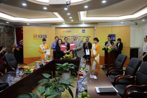 ADB và SHB ký kết Thỏa thuận tín dụng quay vòng