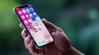 iPhone X - Mẫu máy của thành tựu hay của sự trả giá?