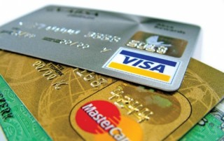 Tư vấn làm thẻ MasterCard hay Visa Card