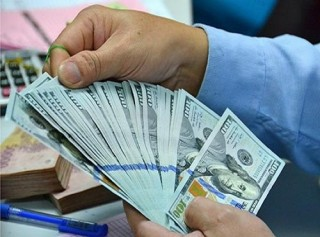 Giá bán USD tại các NH phổ biến trong khoảng 22.730-22.740 đồng/USD
