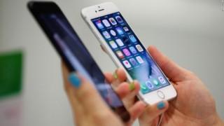 Apple thừa nhận đã không nói với người dùng về việc làm chậm iPhone