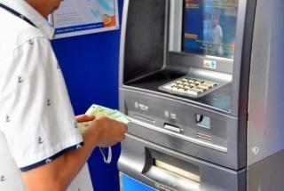 Giám sát chặt mức tồn quỹ ATM, đáp ứng tối đa nhu cầu giao dịch trong dịp Tết