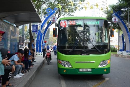 TP.HCM: Thí điểm thanh toán tự động trên xe buýt