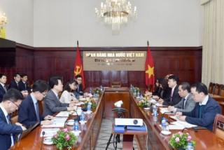 Phó Thống đốc NHNN Đoàn Thái Sơn tiếp Chủ tịch Tập đoàn Tài chính NongHyup