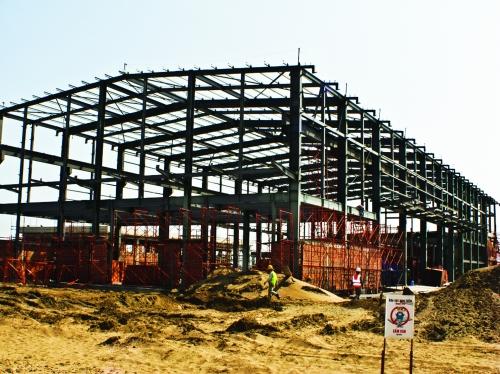 Xây dựng công nghiệp: Khoảng sáng trong bức tranh xây dựng
