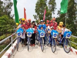 Phuc Khang Corporation bàn giao cầu cho người dân Đồng Tháp