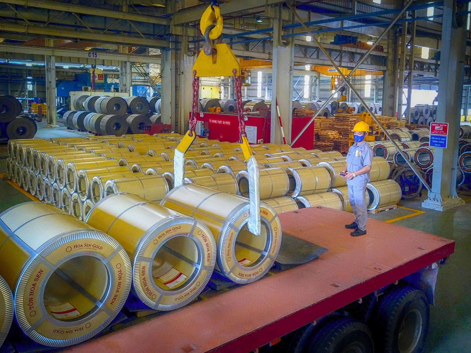 Tạo đột phá với dòng sản phẩm tôn siêu bền Hoa Sen Gold