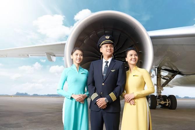 vietnam airlines no luc kich cau nganh du lich