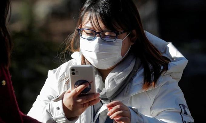 mo khoa iphone khong can nhap ma pin khi deo khau trang