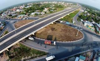 Phát triển hạ tầng giao thông: Chú trọng sử dụng năng lượng hiệu quả