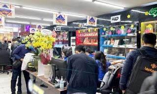 Cửa hàng máy tính 'kiếm bộn' nhờ học online