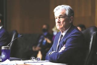 Fed cam kết tiếp tục hỗ trợ nền kinh tế phục hồi