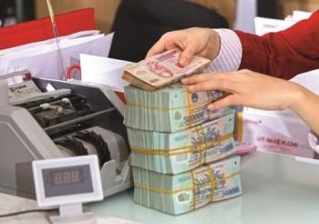 TP. Hồ Chí Minh: Mỗi ngày một ngân hàng huy động hơn 200 tỷ đồng