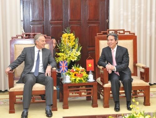 Tiếp tục tạo môi trường đầu tư lành mạnh, bình đẳng cho các NĐT tại Việt Nam