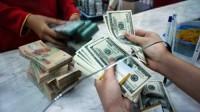 Nhiều ngân hàng giảm nhẹ giá USD