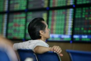 Chứng khoán sáng 19/3: CP ngân hàng kéo VN-Index giảm điểm