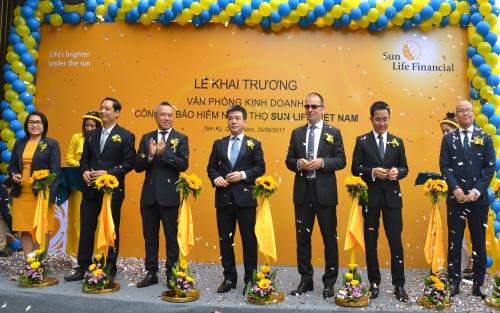 Sun Life Việt Nam khai trương 2 văn phòng