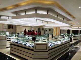 Phạt 400 triệu đồng cửa hàng lưu niệm niêm yết giá bằng ngoại tệ